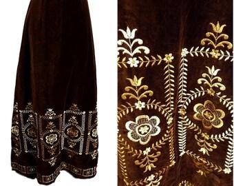 VINTAGE BOHEMIAN 1970s Brown Velvet Gold Embroidered Flower Funky Maxi Skirt UK 10 / Hippy / Folk/ Festival