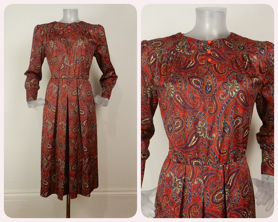 French VINTAGE 1970s Dress /Red Blue Paisley Ballo