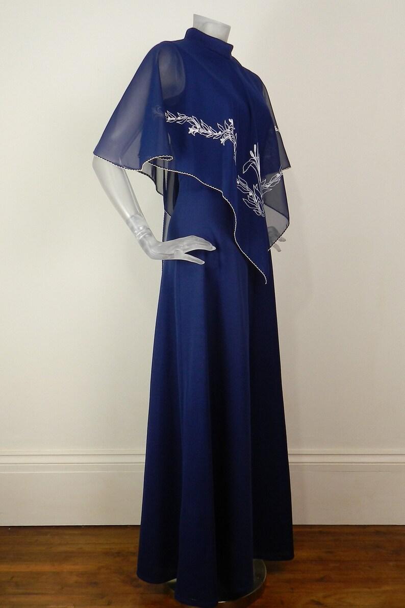 VINTAGE 1970s Maxi DressNavy Blue White Embroidery Bullrush Cape Dress UK 10 Fr 38  Retro Dress  70s Dress Boho Dress Cocktail Dress