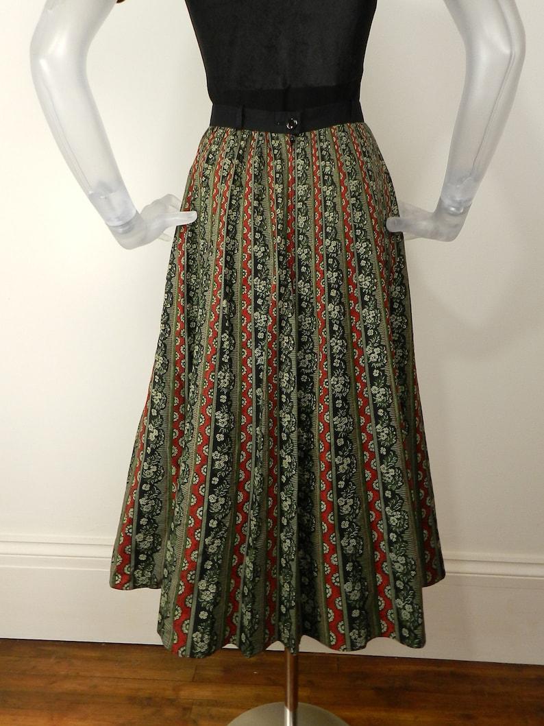 VINTAGE Folk SkirtGrey Red Floral Stripe Dirndl Skirt UK 10 Fr 38  Bohemian SkirtTyrolean skirt Winter Skirt Cotton Skirt Calf Length