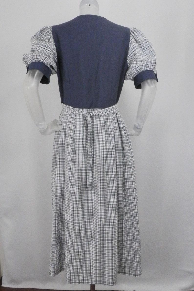 VINTAGE Folk Dress Grey Embroidered Flower Dirndl Bohemian Dress UK 14 Fr 42 OktoberfestBavarianAustrianGermanTyroleanRenaissance