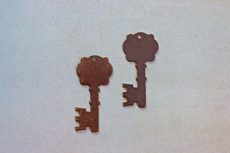 CLEARANCE, Stamping Key, Fancy Key Vintaj Blank, Hand Stamping Supply,  Brass Pendant, 35x16mm, 2 Pieces