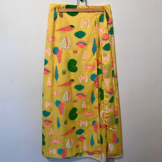 Vintage Seashell Wrap Skirt, Yellow Vested Gentres