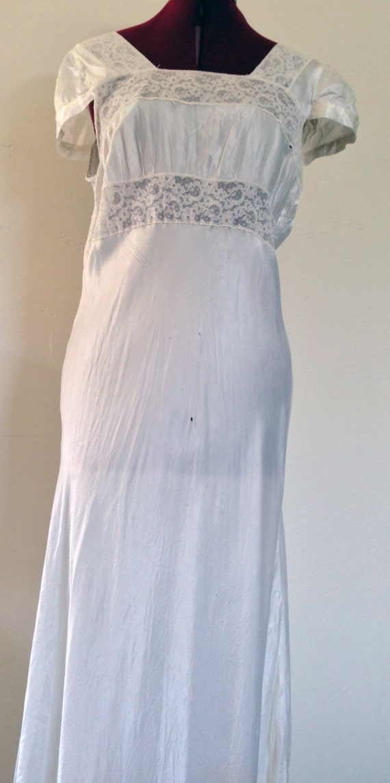 1940s Nightgown White Lace Nightgown / Vintage Ca… - image 2
