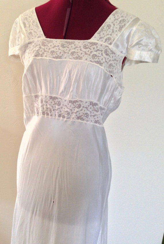 1940s Nightgown White Lace Nightgown / Vintage Ca… - image 5