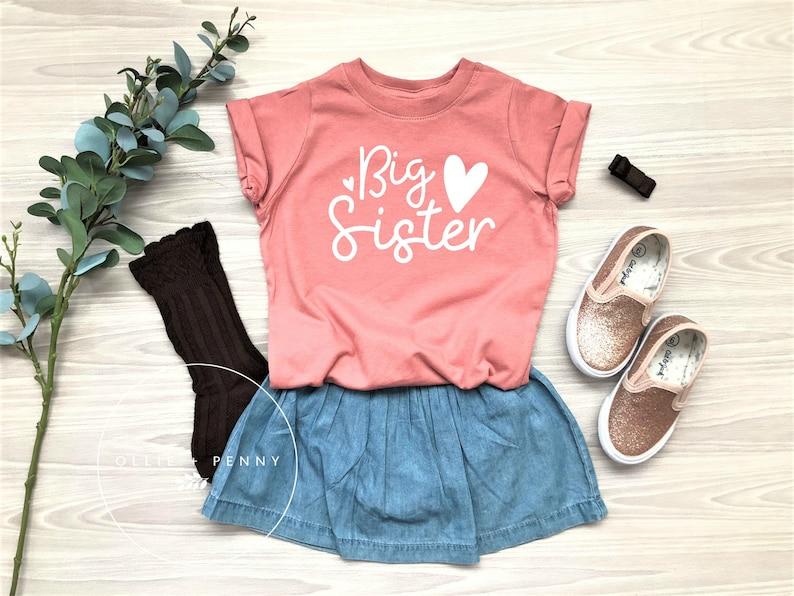 5d11e8237bb8 Big Sister Shirt // Lil' Sister Shirt big sis big sister | Etsy