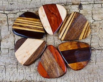 ONE Multi-Wood Pick Wooden Guitar Pick -(Choose Multi-Wood Option and Design) - Wood Guitar Pick - Custom Guitar Pick - LASER ENGRAVED