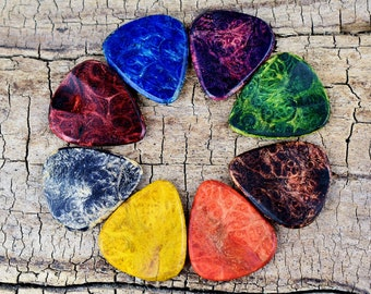Dyed Wood Guitar Pick -One Dyed Wooden Guitar Pick -(Choose Wood Type, Color and Design) - Guitar Pick - Custom Guitar Pick - Laser Engraved