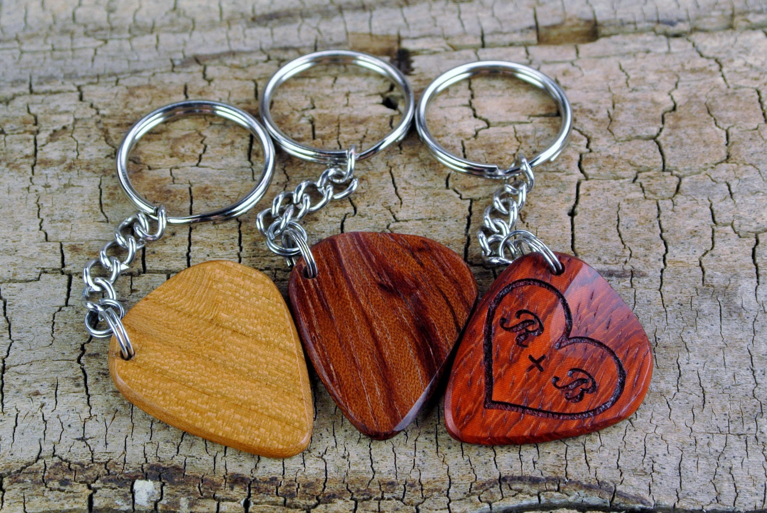 ONE Custom Engraved Wooden Guitar Pick Keychain - (Choose Wood Type and  Design) - Wood Guitar Pick - Guitar Pick - Custom Guitar Pick 896ac40fdad0