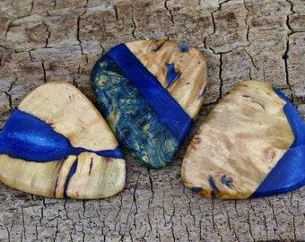 Resin Box Elder Burl- One Resin and Box Elder Burl Wood Guitar Pick -(Choose Pick) - Wood Guitar Pick - Guitar Pick