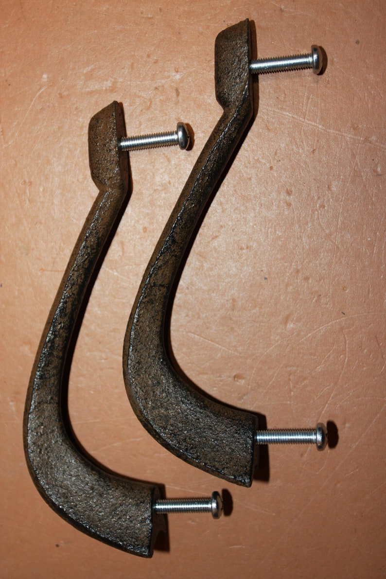 free shipping Contoured door handles with claen lines  will work with different decors our composure handle # HW-71