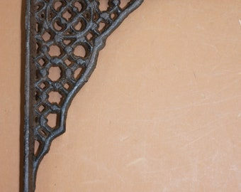 """Early American Antique Lace Design Cast Iron shelf brackets, 6 3/8"""", Free Shipping, B-58"""