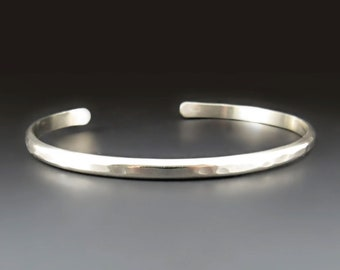 Thin STERLING SILVER Men's Hammered Cuff Bracelet / Narrow Cuff / The Boyfriend Cuff / gifts for him / Boyfriend gifts / Anniversary Gifts