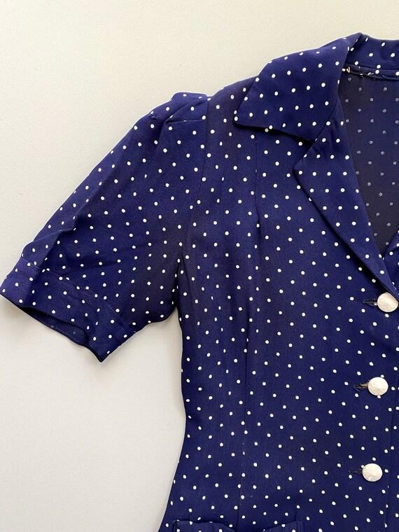 1940s ladies suit. vintage 30s 40s polka dot navy… - image 6