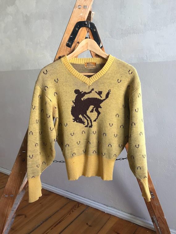 1940s Campus Sweaters De-Luxe . 40s vintage authen