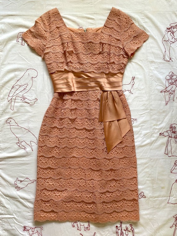 1950s satin lace dress . vintage 50s blush pink mi