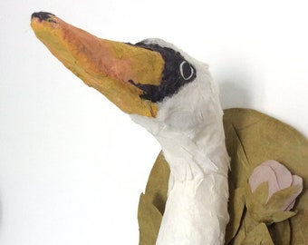 Woodlings _ Swan / paper sculpture