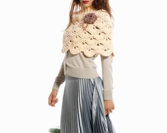 Hand crochet capelet in peach color . Hand crochet shrug.Woman fashion pastel Capelet. Winter fashion