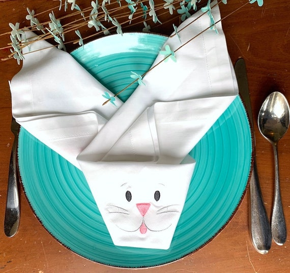 Folded Easter Bunny Cloth Napkins Set Of 4 Happy Easter Etsy
