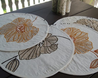 Quilted round placemats brown orange floral | Contemporary autumn placemats in cotton fabric