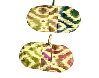 Mini Oven Mitts, Set of 2 in Ikat Print fabric, Heat Resistant, Pot Grabbers, Microwave Mitts, Home Chef Gift