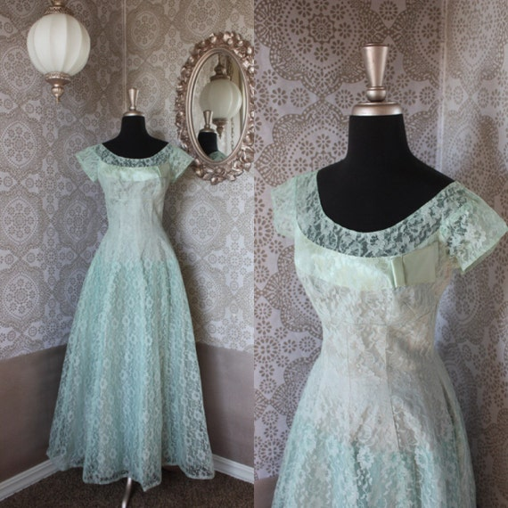 Vintage 1940's 50's Sea Foam Green Lace Gown S/M