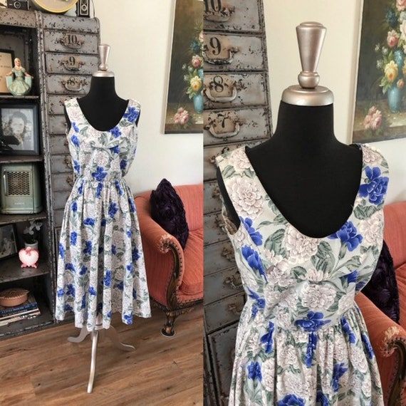 Vintage 1980's Gray and Blue Floral Print Dress Me
