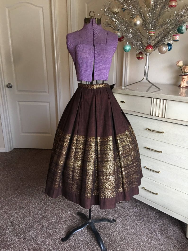 Vintage 1950/'s Brown and Gold Hand Woven Pleated Border Folk Ethnic Novelty Skirt XS