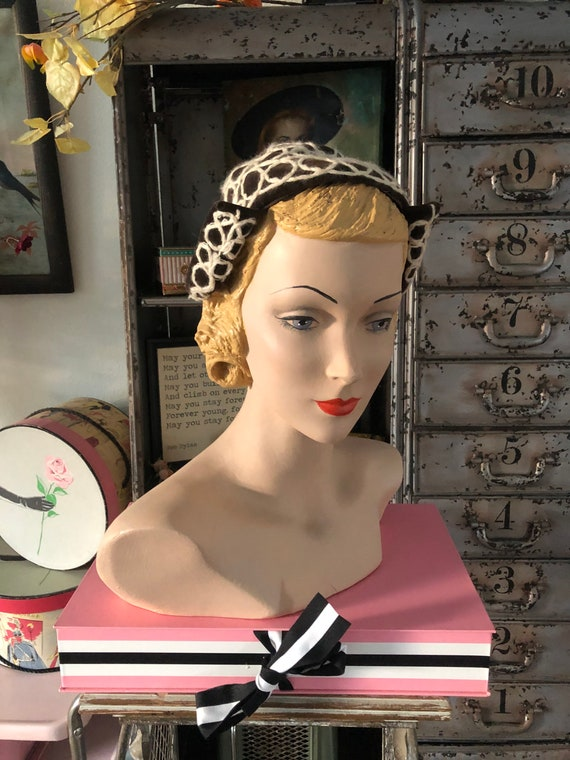 Vintage 1920's 30's Brown Velvet and Mohair Hat
