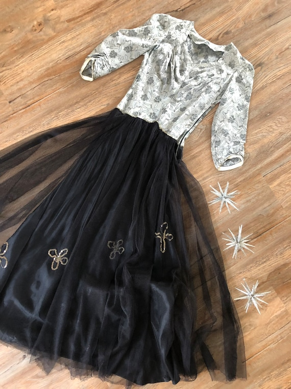 Vintage 1930's Silver and Black Gown XS