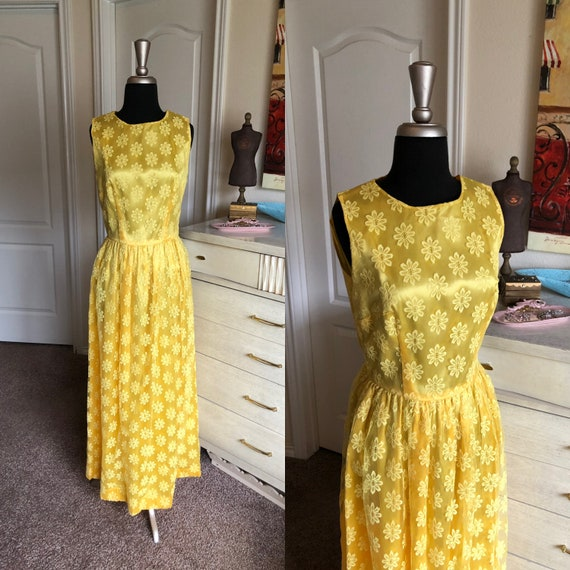 Vintage 1960's Bright Yellow Floral Lace Dress Med