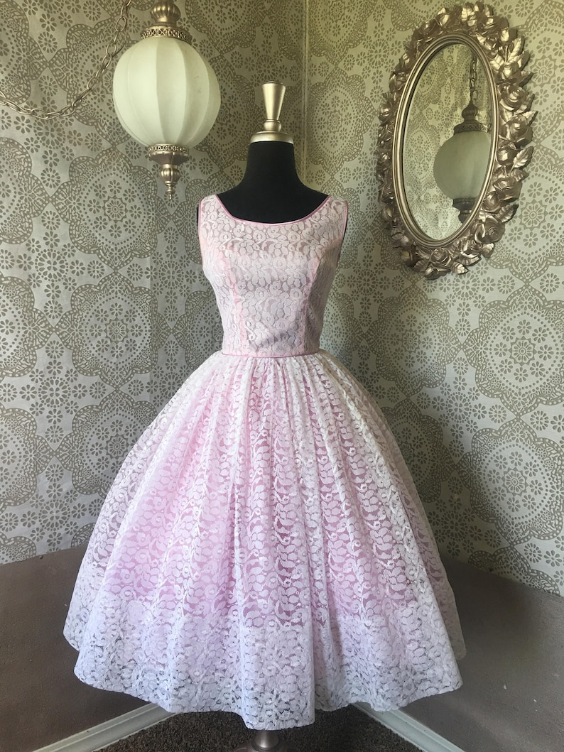 58c9feabb2a Vintage 1950 s Light Purple and White Lace Cocktail Dress
