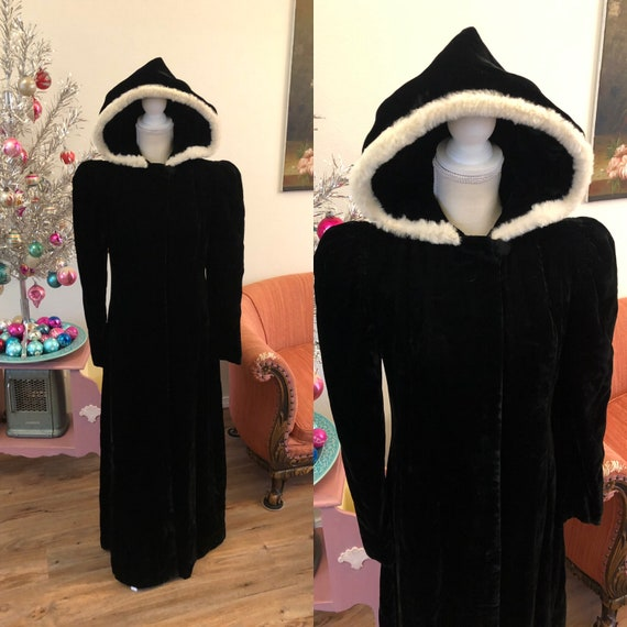 Vintage 1930's Black Silk Velvet Hooded Coat Trimm
