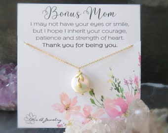 Stepmom gift, pearl necklace for mom, mother of the bride gift, godmother gift, bonus mom gift, wedding gift for mom, gift for stepmom