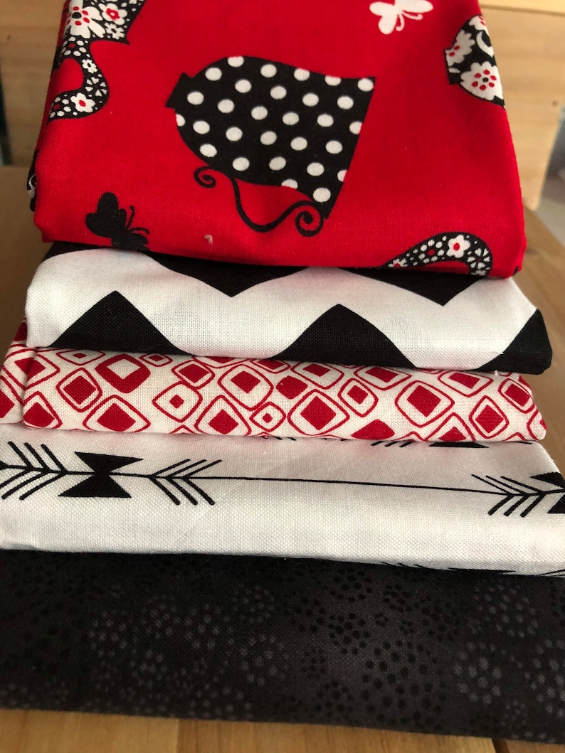 Red and Black Teapot Short Stack Bundle Mask Project Quilting