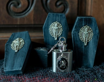 Halloween Spider Flask Potion Bottle Set, Halloween Wedding, Gothic Coffin Potion, Vampire Wedding, Death Potion, Spider Flask