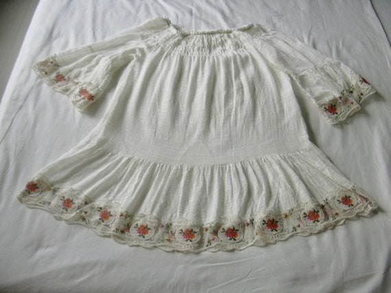 Peasant Boho Style Lace Embroidered Floral Trim Wh