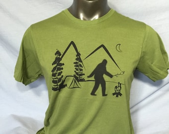 Bigfoot on Vacation, Sasquatch, Bigfoot Camping, Yeti, Marshmallow, S'Mores