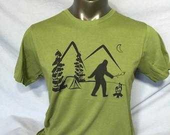 Bigfoot on Vacation, Sasquatch, Bigfoot Camping, Yeti, Marshmallow, S'Mores