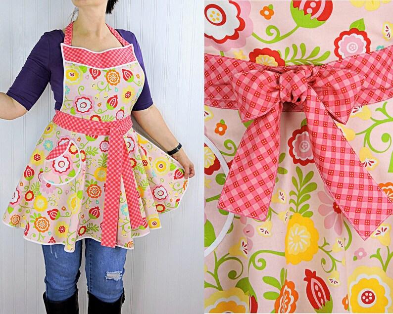Simply Sweet Twirly Skirt Apron flirty pin up apron party image 0