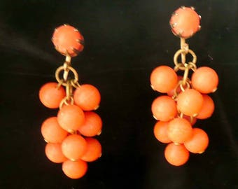 Orange Dangle Earrings Beaded Clip On Style 1940s