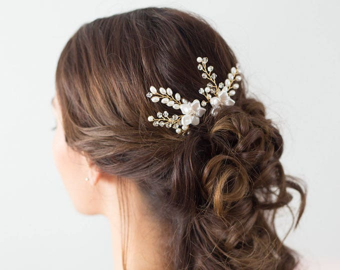 Wedding Hair Accessories, Bridal Headpiece, Gold flower Hair pins, Pearl Bridal Hair pins, Bridal Accessories, Hair vine, flower hair pins