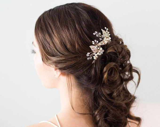 Bridal Hair Accessories, Gold Leaves Bridal Headpiece, Gold flower Hair pins, Bridal Hair pins, Gold Hair vine, flower hair pins, pearl pins