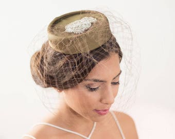 Olive Green pillbox hat, factinator hat, green veil hat, green pillbox hat, bridal fascinator, birdcage veil hat, birdcage hat, mini hat