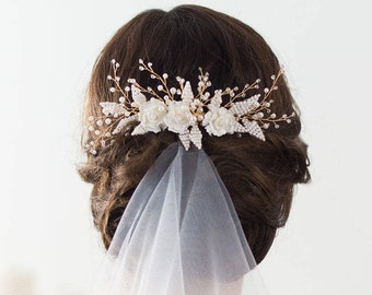 Wedding Hair Comb, Gold Bridal Hairpiece, Beaded Bridal Headpiece, Flower Hair Comb, Wedding Hairpiece, Flower Headpiece, Bridal Hair Comb