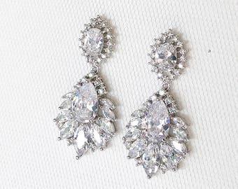 Crystal Bridal Earrings, Silver Art Deco earrings, Wedding Earrings, Bridal Jewerly, Statement Earrings, Great Gatsby Wedding Earrings