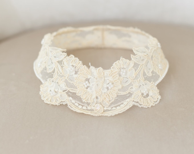 Lace Bridal Cap, Cap Veil, Lace Circlet, Princess Grace Lace Cap, Lace Halo, Vintage Ivory Bridal Veil, Ivory Lace Crown, Ivory Headband