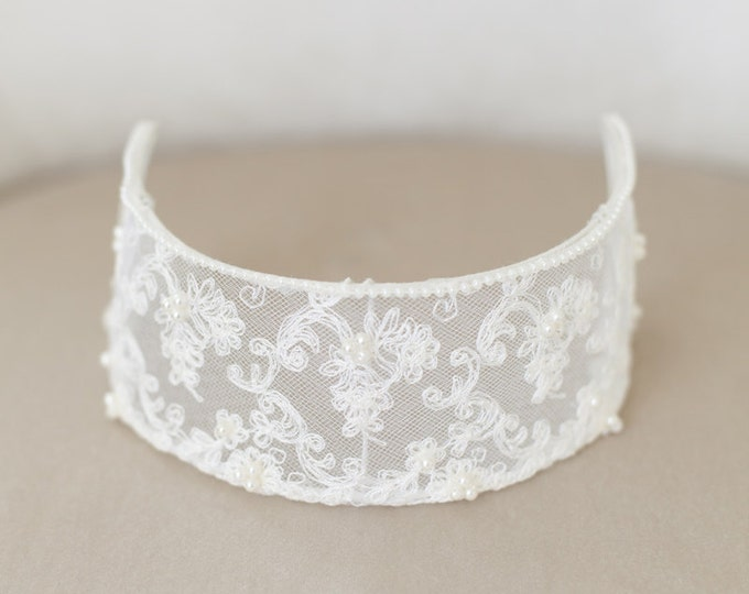 Lace Headband, Vintage Lace Bridal Cap, Ivory Lace Cap, Ivory Headpiece, Ivory Lace Crown, Princess Grace, Ivory Veil Cap, Wedding Headpiece