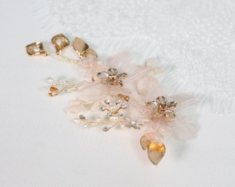 Gold Crystal Hair Comb, Bridal Comb Flowers, Gold Bridal Comb, Cute Hair Accessories, Bridal Hair Accessories Gold, Flower Comb Back Piece