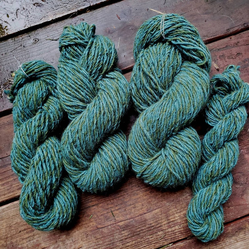 New Zealand handspun yarn bluegreen 3 ply 278 yards